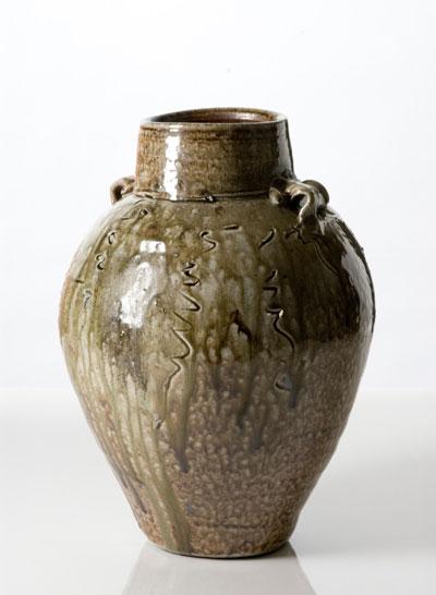 Pieza de cerámica de Janet Mansfield