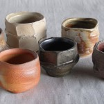 Tazas de cerámica para la ceremonia del té de Masakazu Kusakabe