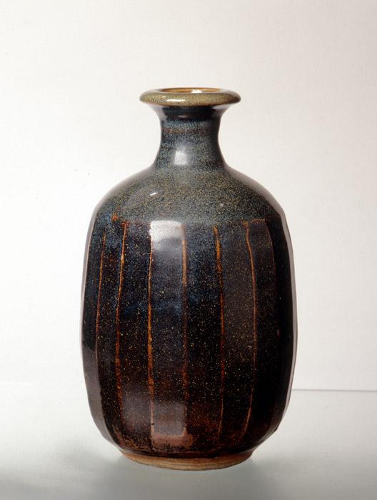 Pieza de cerámica de Peter Rushforth