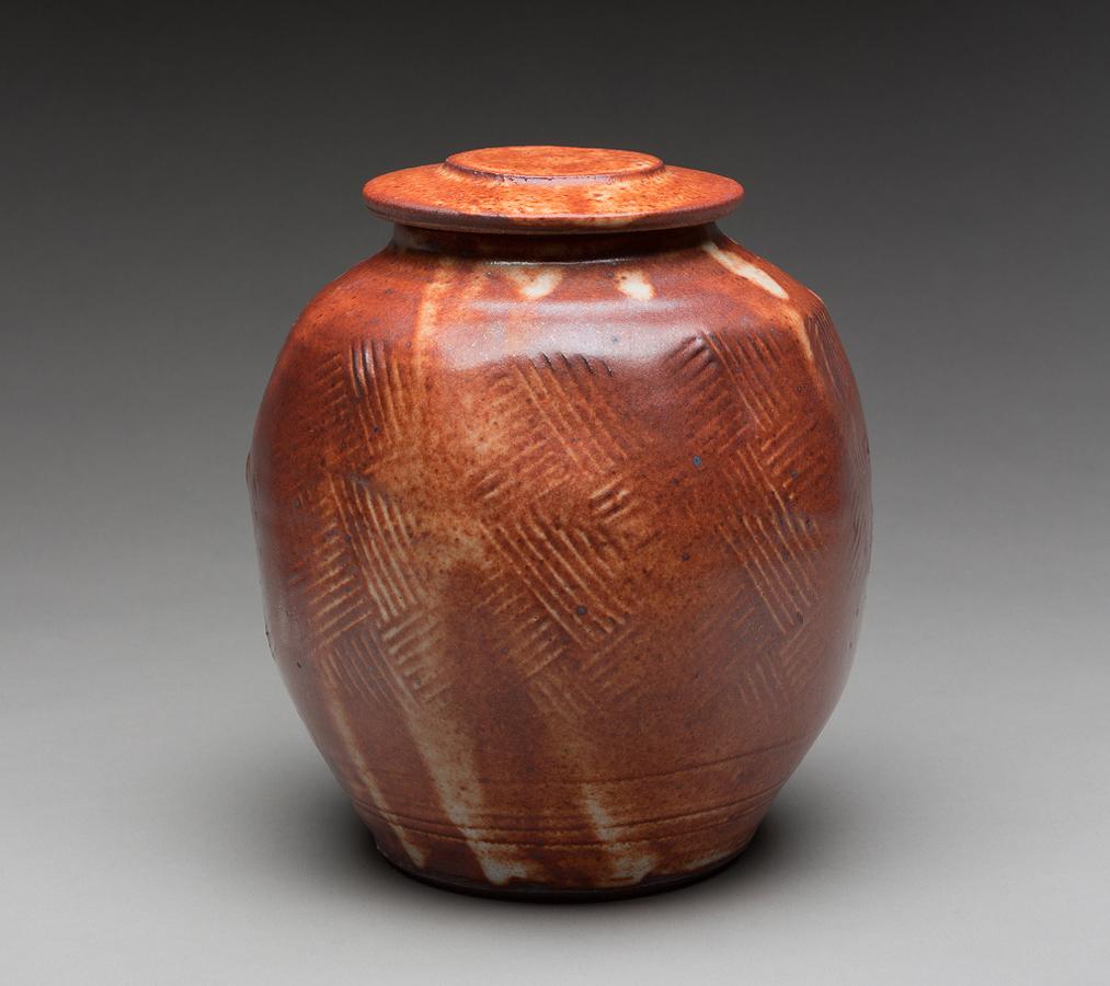 Pieza de cerámica de Warren Mackenzie