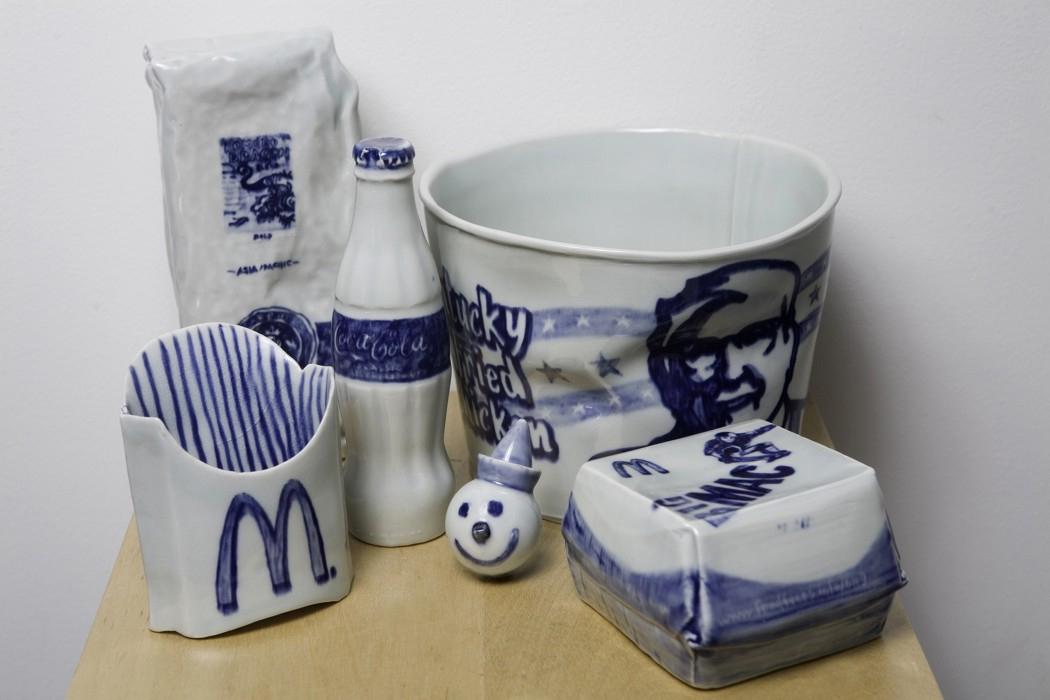 Pieza de cerámica de Marie Weichman