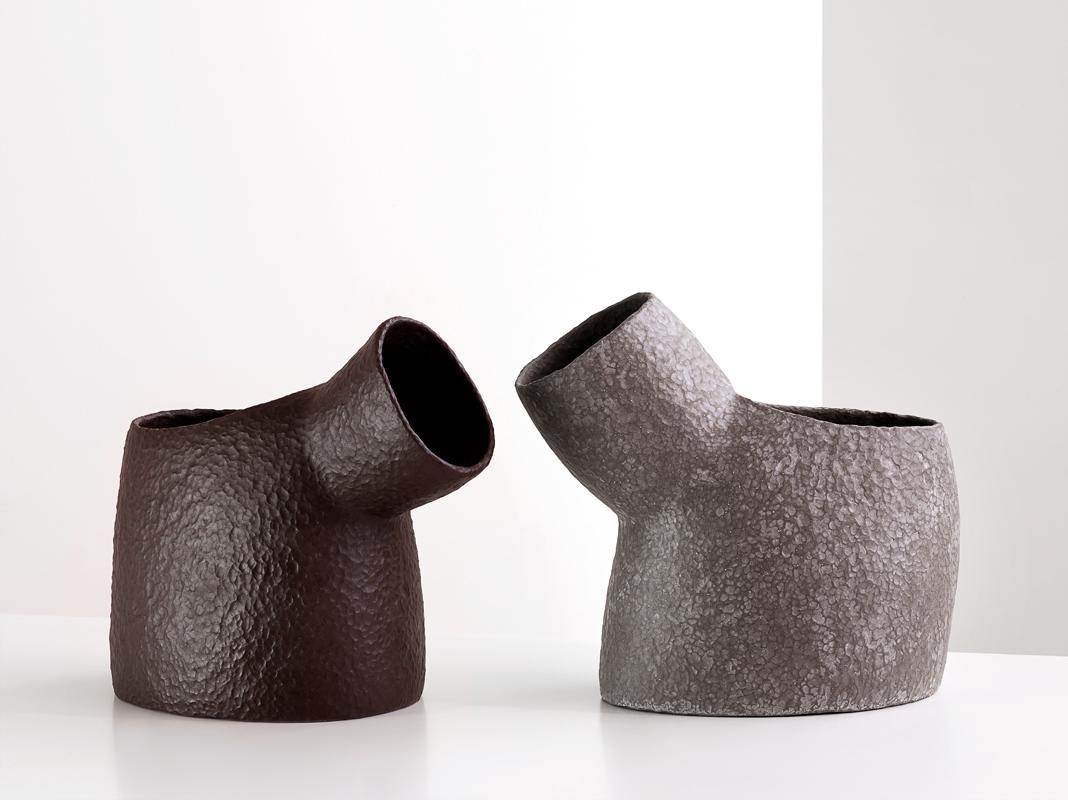 Pieza de cerámica de Deirdre McLoughlin