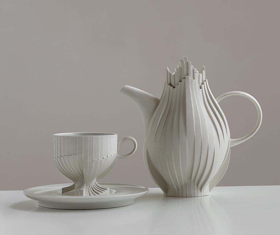 Pieza de cerámica de Kyungmin Lee