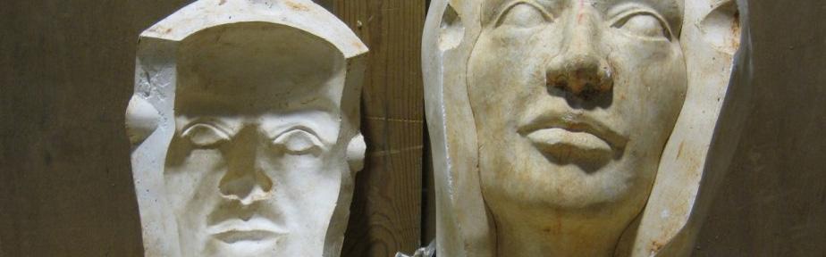 Foto de moldes de yeso para reproducir cerámicas