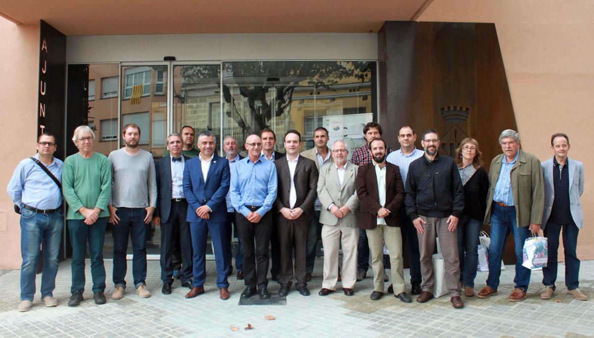 Fotode grupo de los participantes en la asamblea de la AeCC