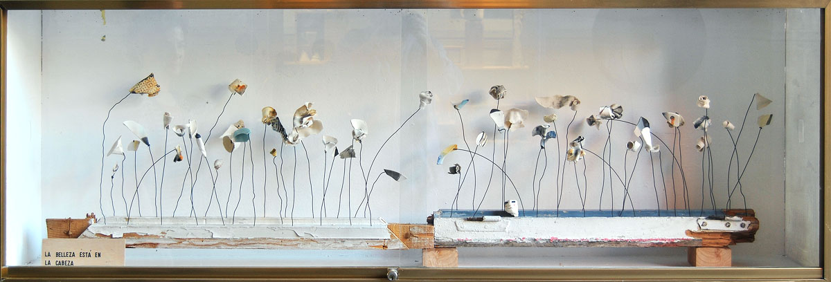 Instalación cerámica de Raquel Sanz