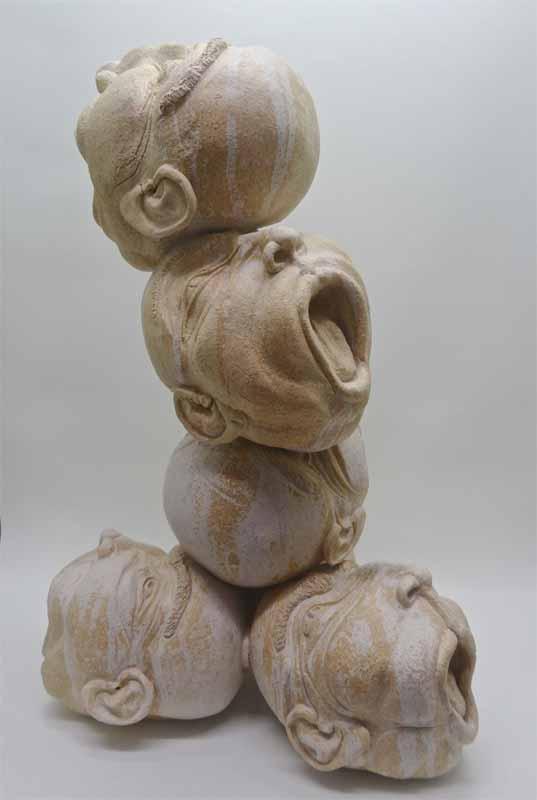 Escultura cerámica de Merce Pla