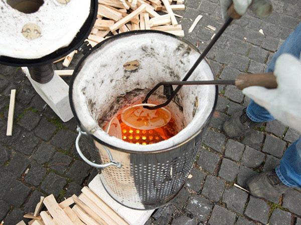 Construcción para hornos de rakú