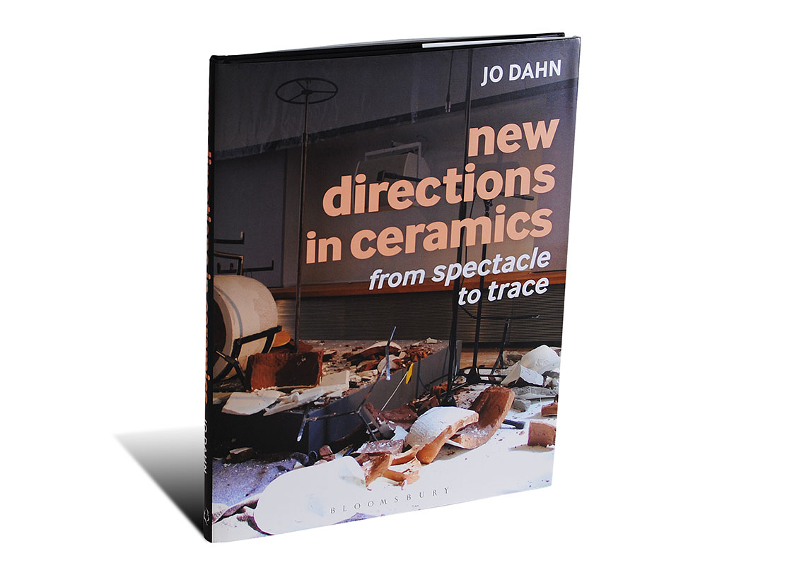 Portada del libro New Directions in Ceramics