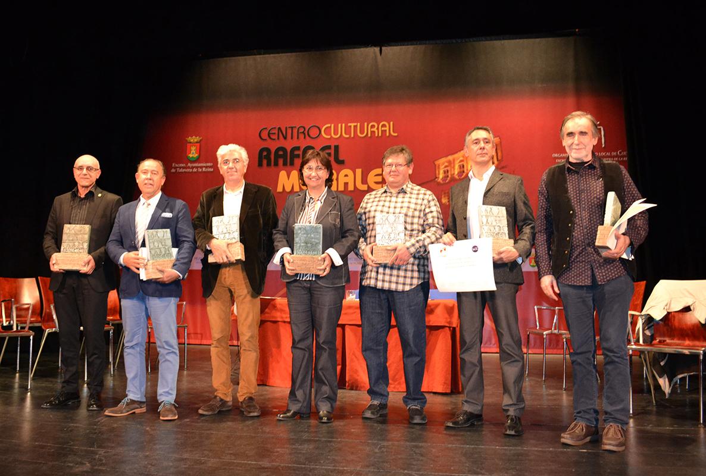 Premiados en los premios >Nacionales de cerámica 2016