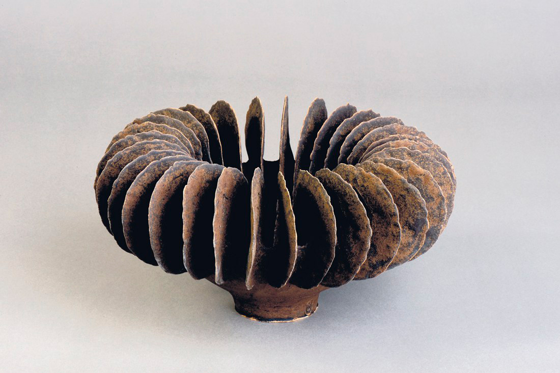 Pieza de cerámica de Ursula Morley-Price