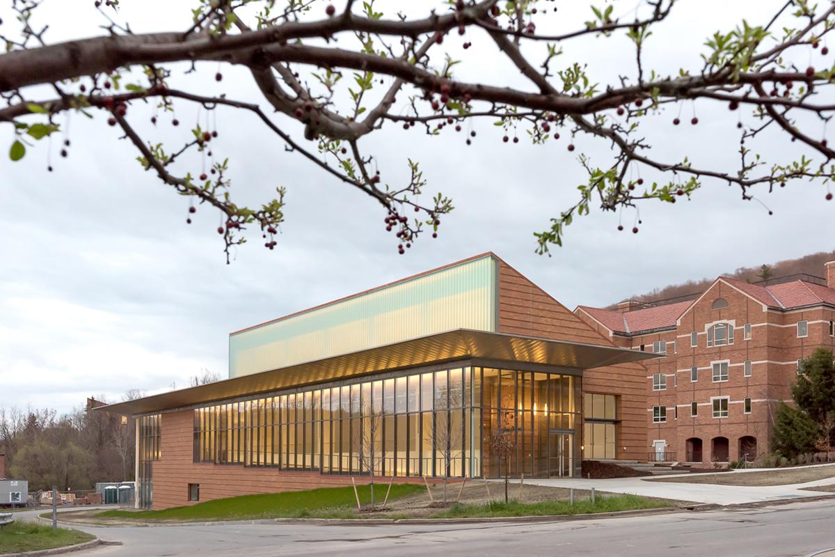 Edificio del Alffred Ceramic Art Museum