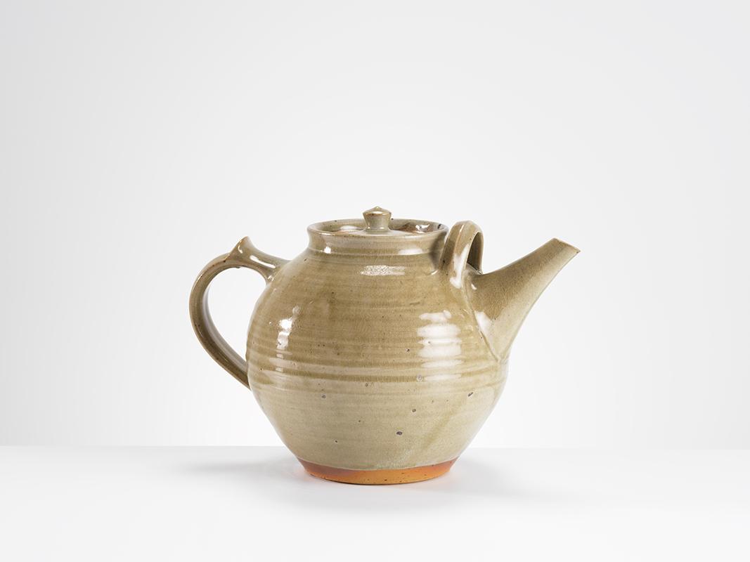 Pieza de cerámica de Gwyn Hanssen-Pigott