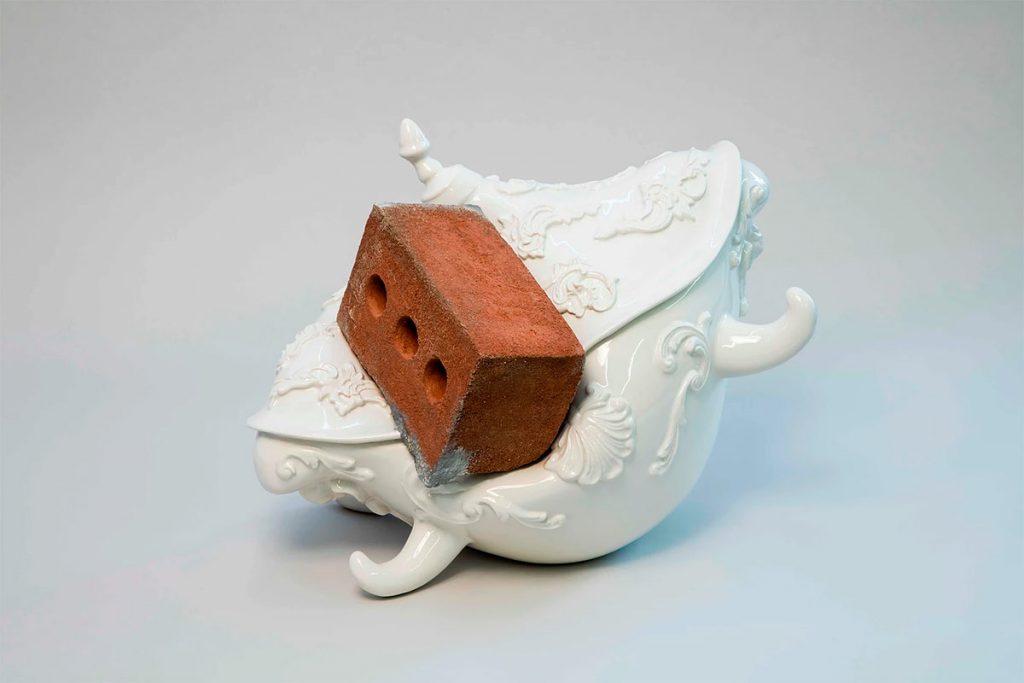 Pieza de cerámica de Laurent Craste