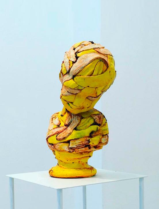 Escultura cerámica de Koji Kasatani