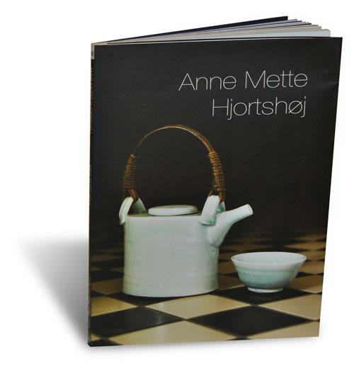 Libro catálogo de Anne Mette Hjorttshoj