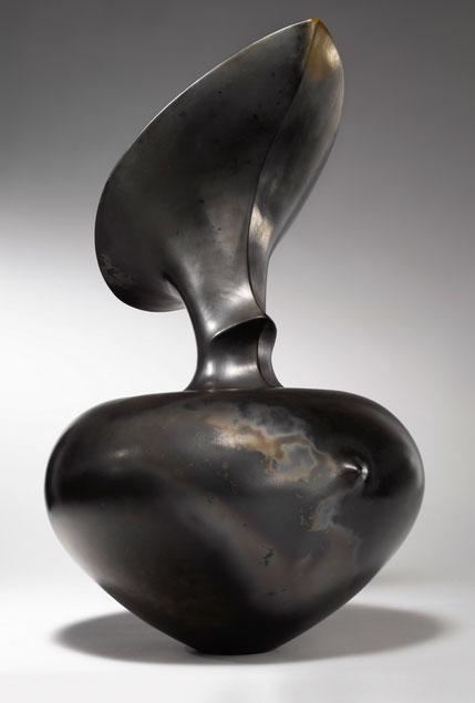 Pieza de cerámica de Magdalene Odundo