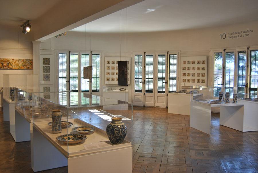 Sala de cerámica de Cataluña del Museo de Cerámica de Barcelona