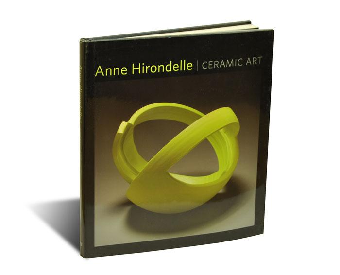 """Portada del libro """"Anne Hirondelle"""""""