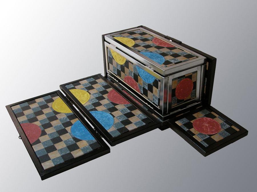 Pieza de cerámica de Amado Lara