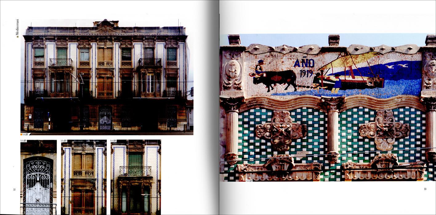 """Páginas interiores del libro """"Las casas delCabanyal"""""""