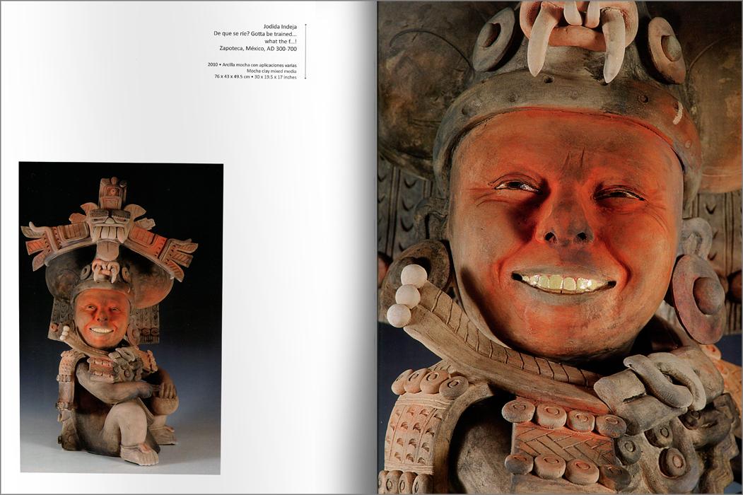 """Páginas interiores del libro """"Patrimonio: Kukuli Velarde"""""""
