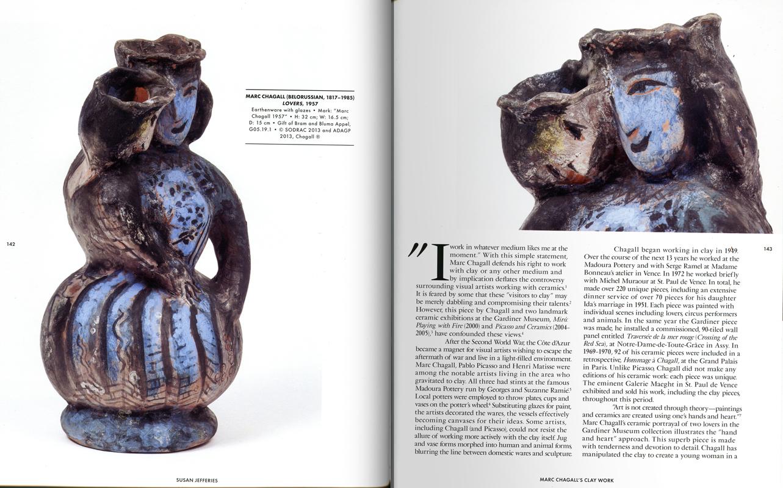 Páginas interiores del libro 30 Objects, 30 Insights