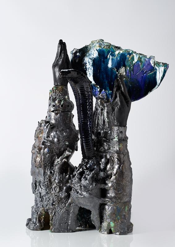 Pieza de cerámica de Yves Malfliet