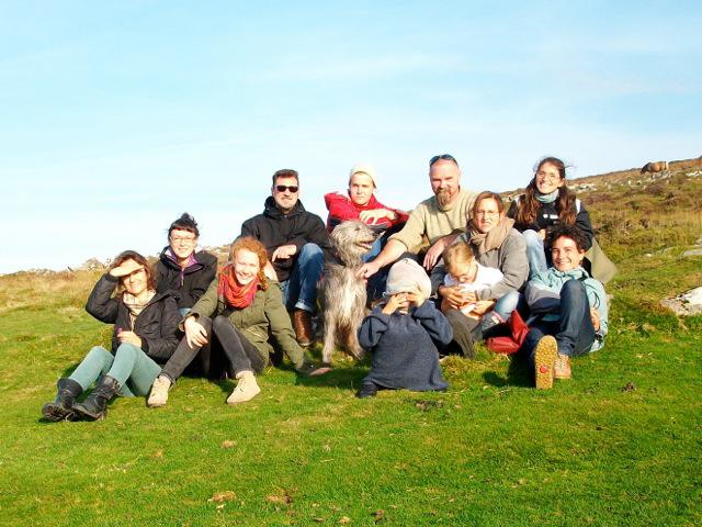 Foto de grupo de participantes en el taller de Nic Collins