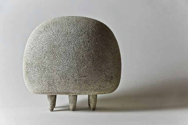 Escultura cerámica de Rafaela Pareja