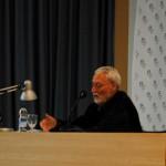 Enrique Nestre en su conferencia