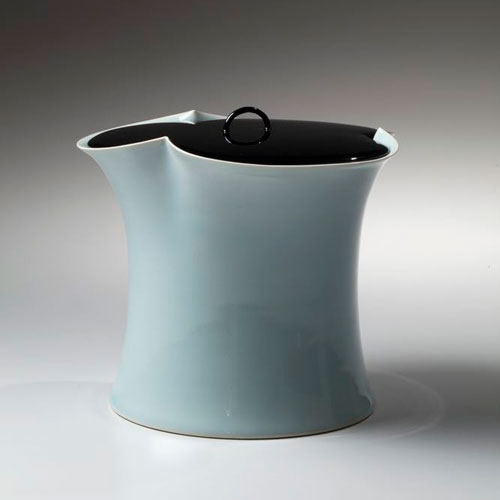 Pieza de cerámica de Kawase Shinobu