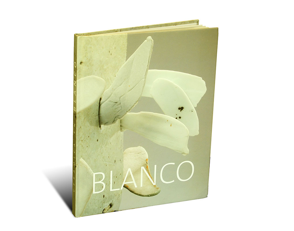 Portada del libro -Blanco-, publicado por la revista Esteka
