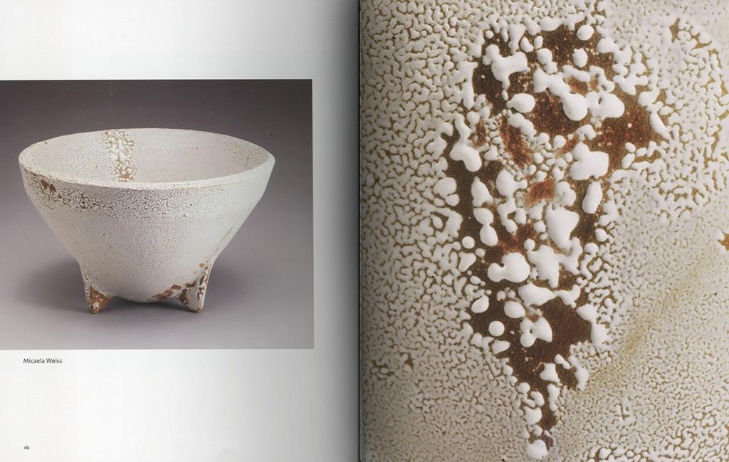 Páginas interiores del libro -Blanco-, publicado por la revista Esteka