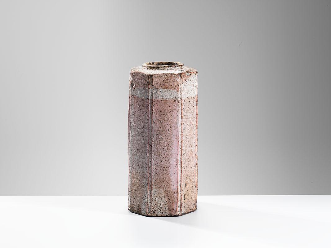 Pieza de cerámica de Hans Vangso