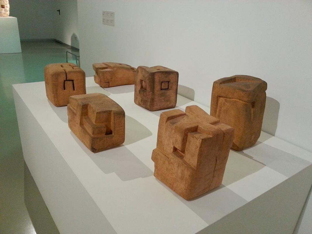 Esculturas cerámicas de Eduardo Chillida