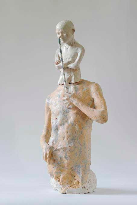 escultura cerámica de Audrius Janusonis