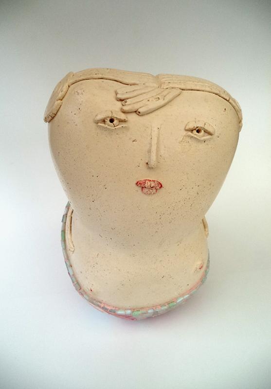 Pieza de cerámica de Florencia Melo