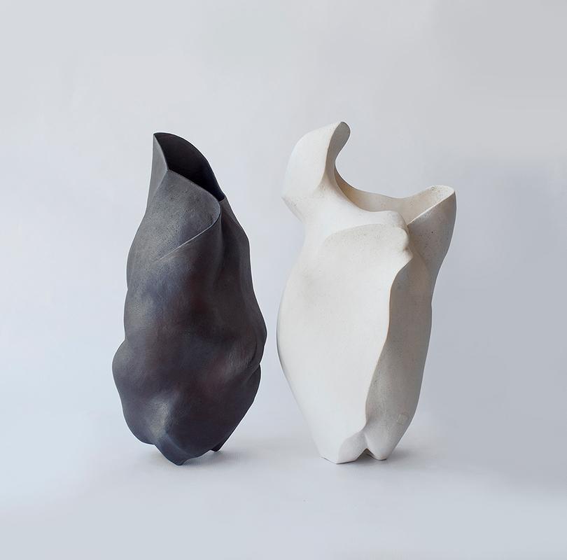 Pieza de cerámica de Mari Orikasa