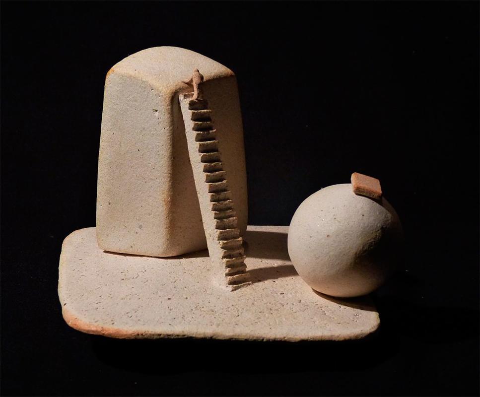 Pieza de cerámica de Ramón Ruiz Cabestany