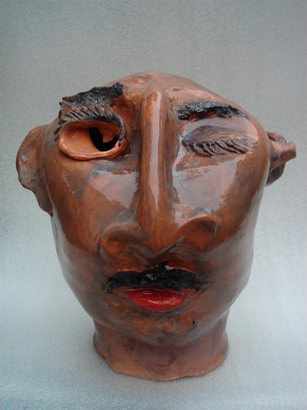Pieza de cerámica de Clemente Ochoa