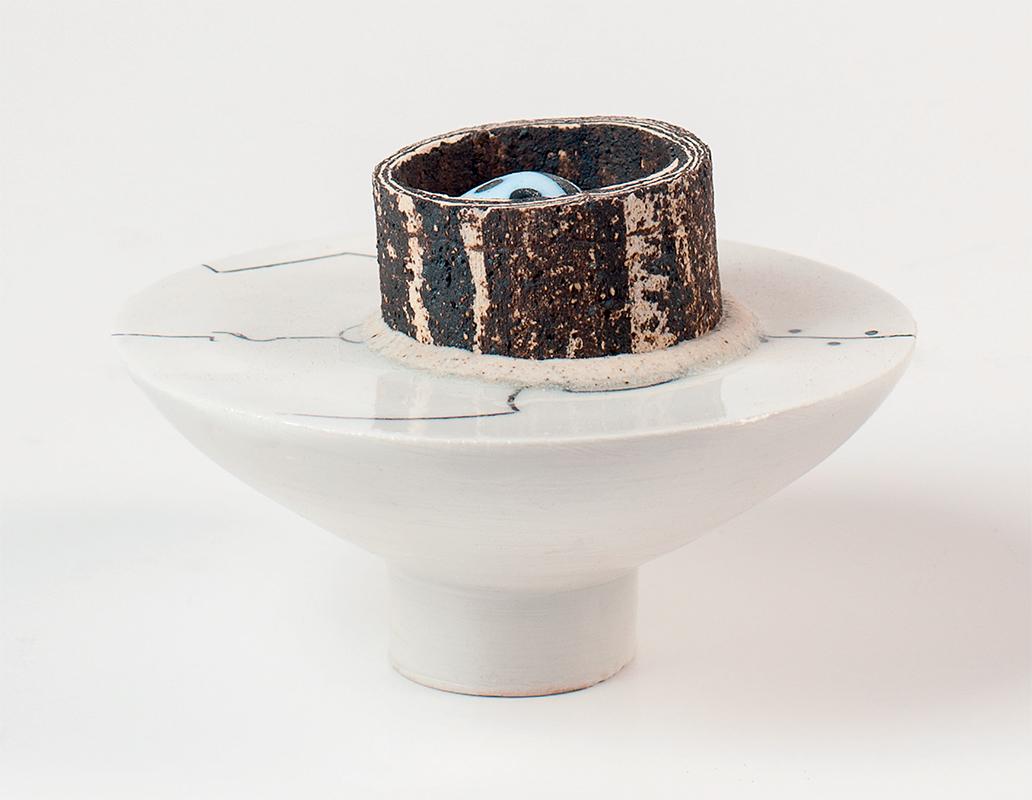 Pieza de cerámica de Xohan Viqueira