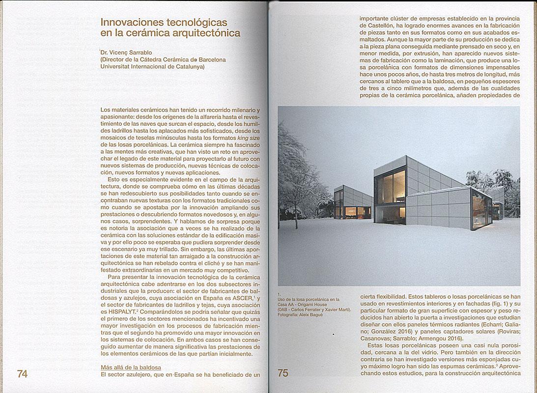Páginas interiores del libro De obra