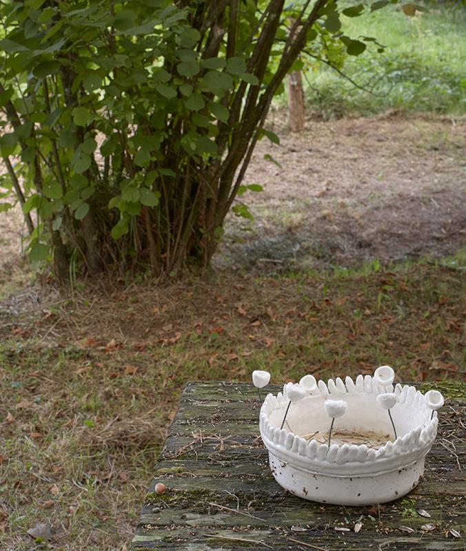 Instalación cerámica de Charo Cimas y Txaro Marañón