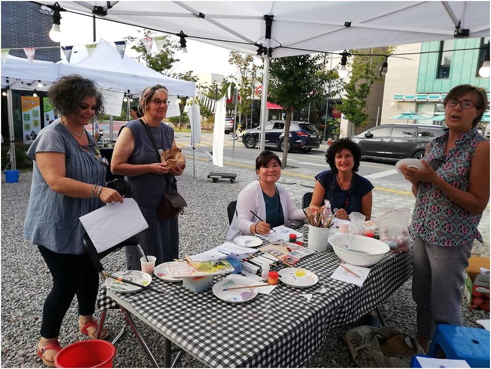 Mujeres ceramistas en Corea