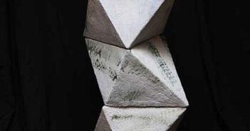 Escultura cerámica de Soledad Berrocoso