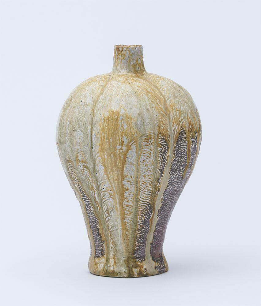 Pieza de cerámica de Ken Matsuzaki