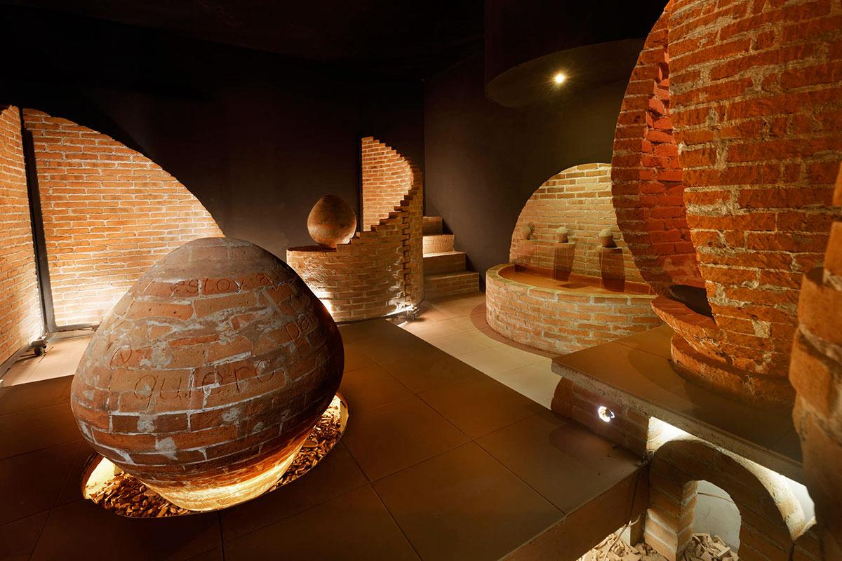 Instalación cerámica de Estefanía Valls Urquijo