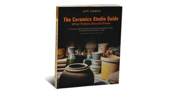 Portada del libro The Ceramics Studio Guide