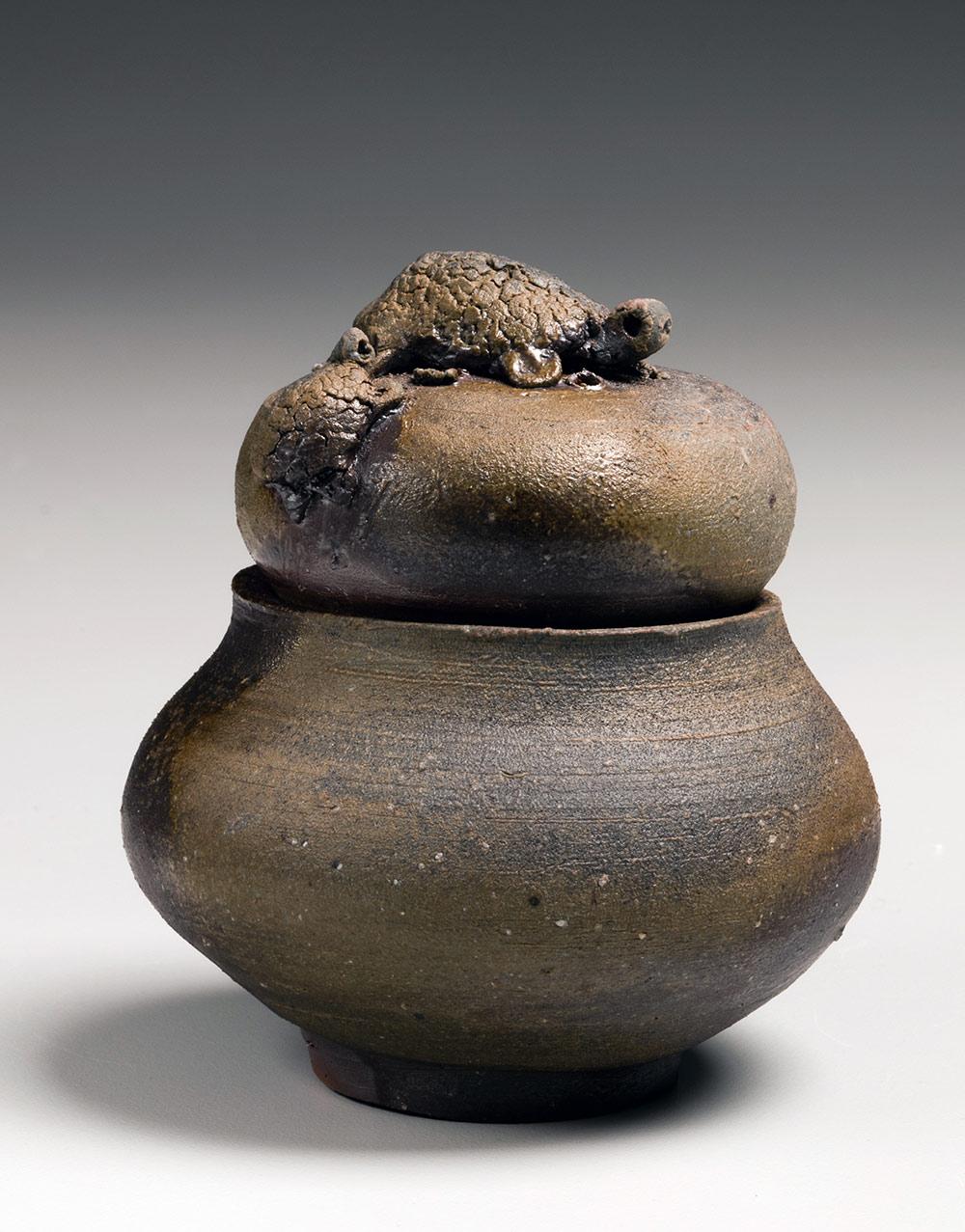 Pieza de cerámica de FUJIWARA KEI